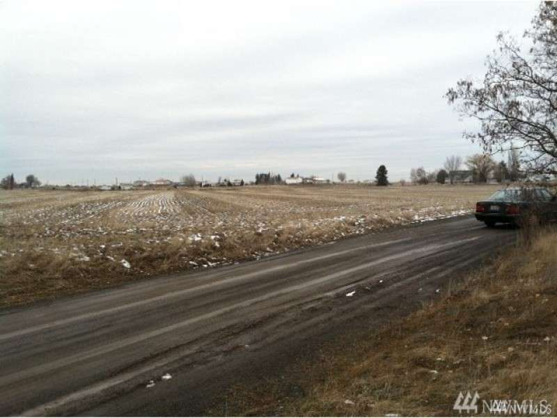 Undisclosed Highway 2/Fairview Heights Rd