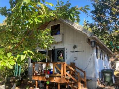 Image: 8305 176th Ave SW