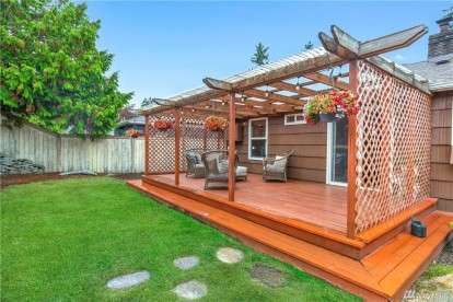 Image: 10025 35th Ave SW