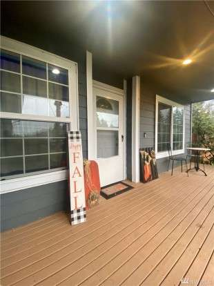 Image: 8016 188th Ave SW