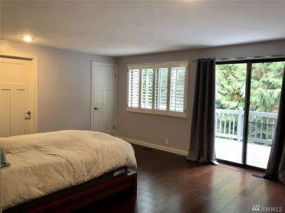 Image: 5111 23rd Ave W