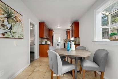 Image: 8144 12th Ave SW