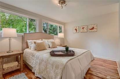 Image: 4003 34th Ave W