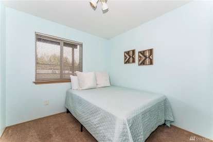 Image: 16111 48th St NW
