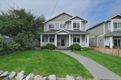 Image: 10033 42nd Ave SW